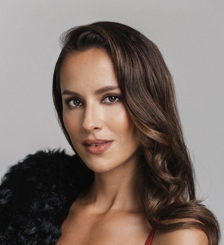 Mariana Monteiro kailash 6