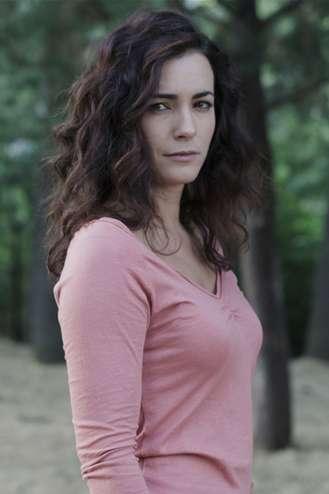 María Cotiello